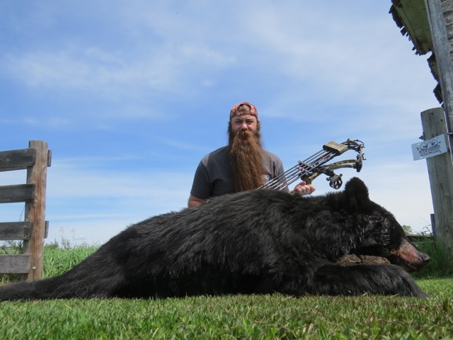 Texas hunter 1st Bear